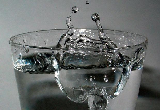 Негазированная минеральная вода