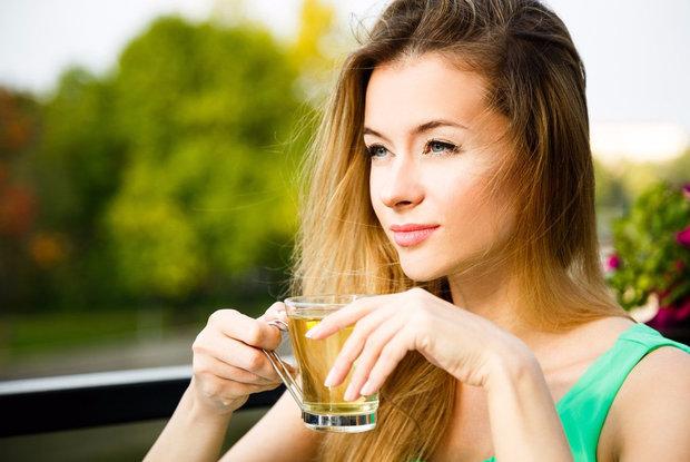 Чай с мелиссой при беременности на ранних сроках и ГВ Польза и вред
