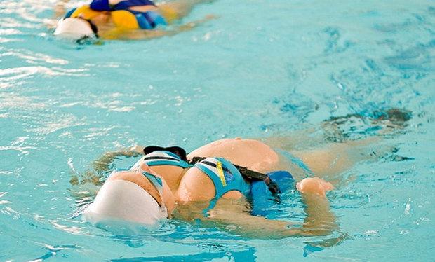 Занятие аквааэробикой при беременности