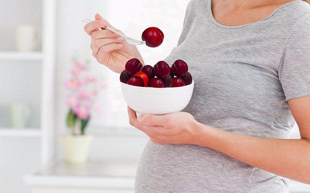 Сливы при беременности