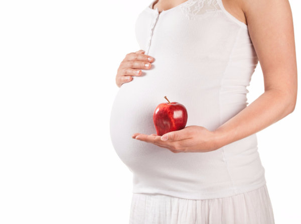 Чем полезны яблоки беременной женщине 10