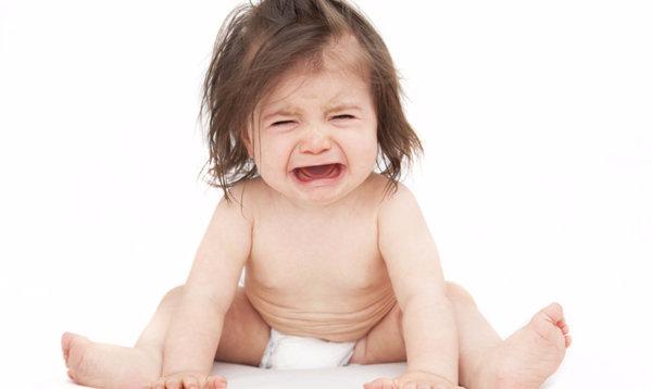 Болит живот у ребенка 5 лет: первая помощь