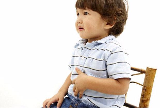 Почему ребёнок жалуется на тошноту