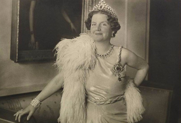 Королева Юлиана